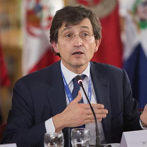 Manuel Arenilla Sáez